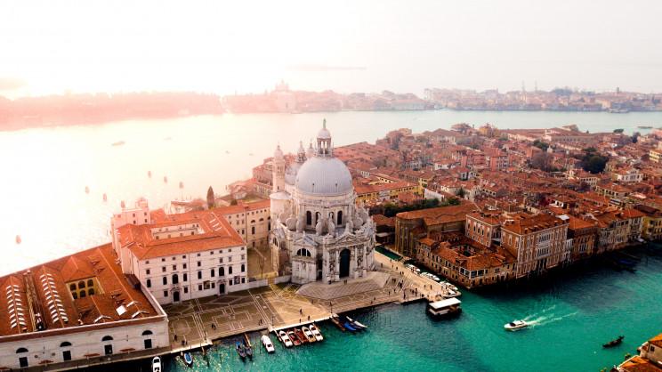 Itália suspende pagamento dos empréstimos da casa para enfrentar surto de coronavírus